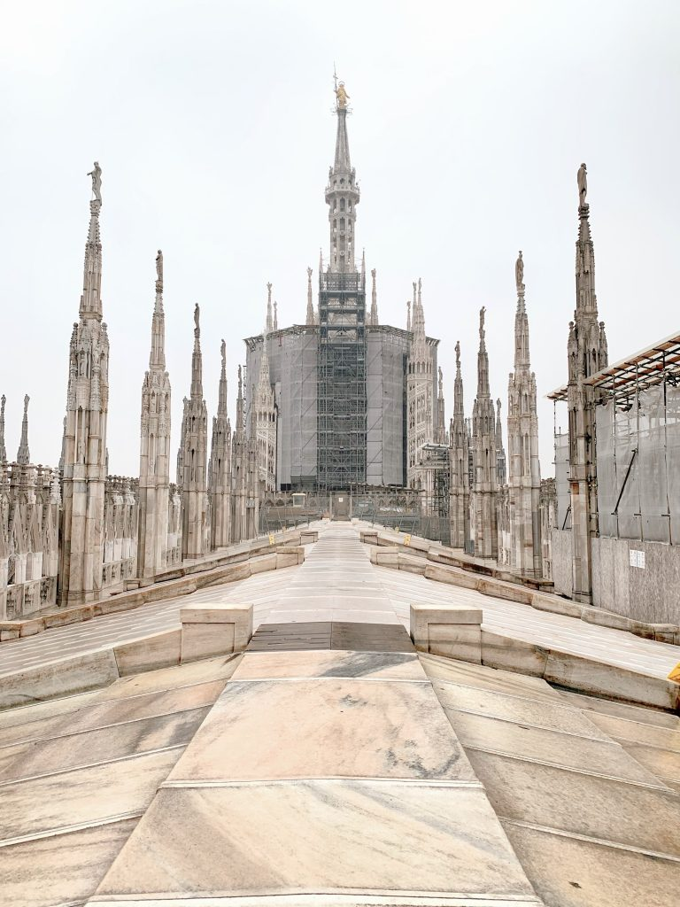 0C329EEE 46EE 41AF B00B B3E6C80C994E 768x1024 - Must Do's in Milan
