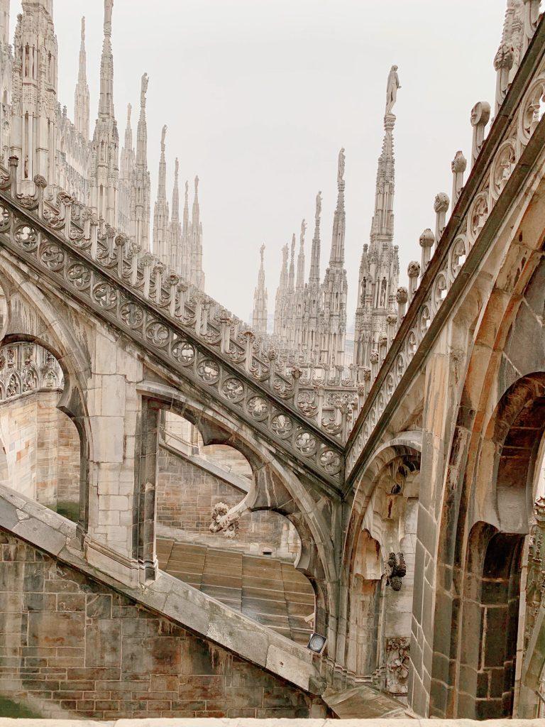 33F3EECE 77EE 4664 8FF9 A96C559E77C0 768x1024 - Must Do's in Milan